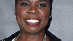 Leslie Jones Tweeted That No One Would Dress Her For The Ghostbusters Premiere